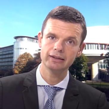Vabilo na predavanje sodnika dr. Marka Bošnjaka: Vloga ESČP v spreminjajoči se Evropi